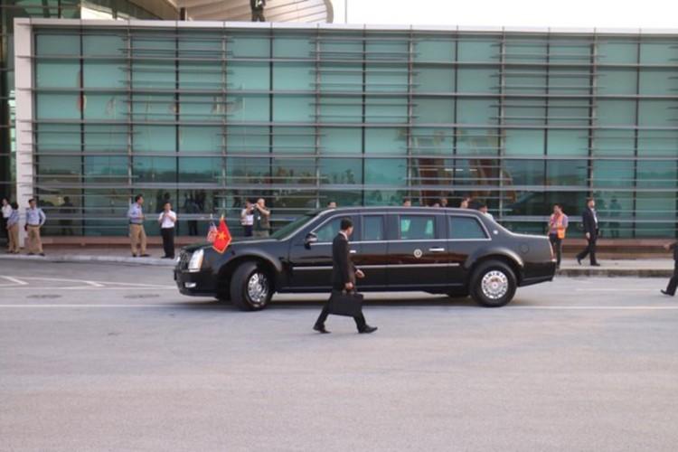 Sieu xe Cadillac One don Tong thong Donald Trump tai Ha Noi