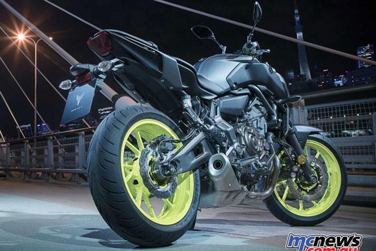 "Xe moto Yamaha MT-07 2018 ""chot gia"" 170 trieu dong-Hinh-2"