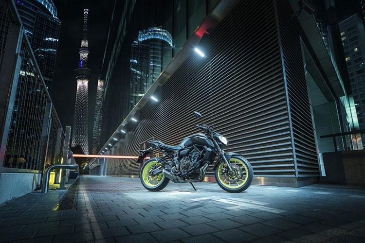 """Xe moto Yamaha MT-07 2018 """"chot gia"""" 170 trieu dong"""