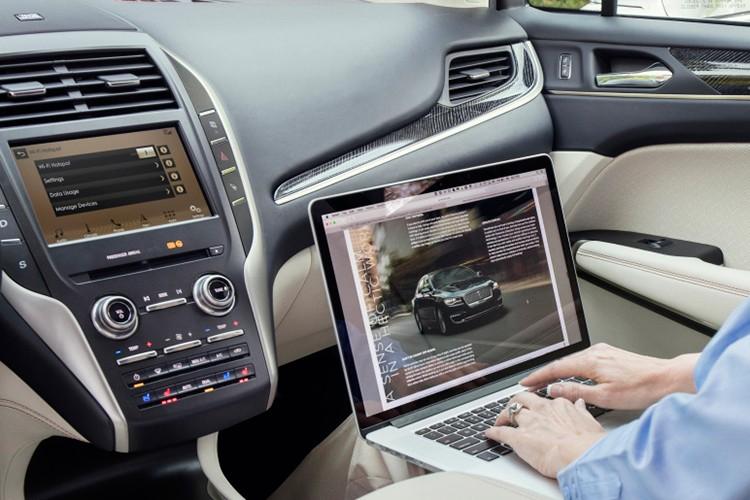 "SUV hang sang Lincoln MKC 2019 ""dau"" Mercedes GLC-Hinh-6"