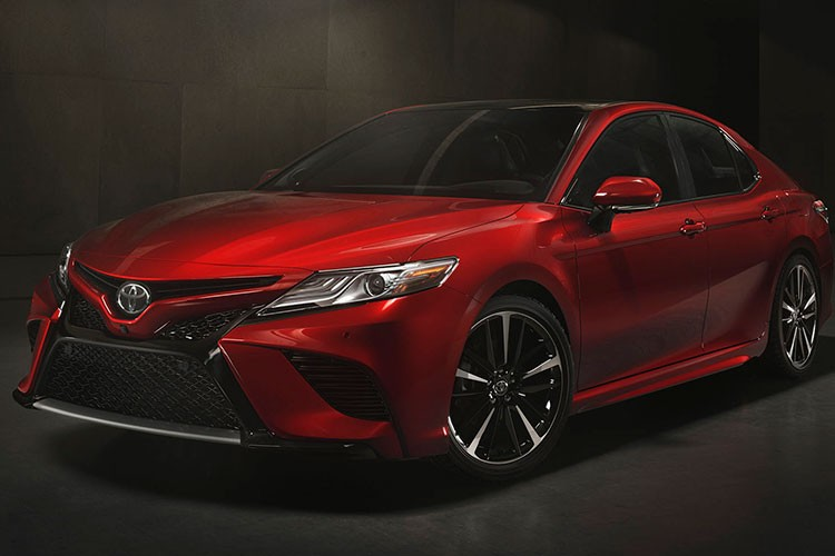 Toyota Camry 2018 ra mat tai Australia gia 628 trieu dong-Hinh-3