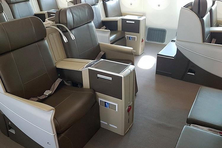 Chuyen co sieu sang Boeing 787 Dreamliner gia 300 trieu do-Hinh-10