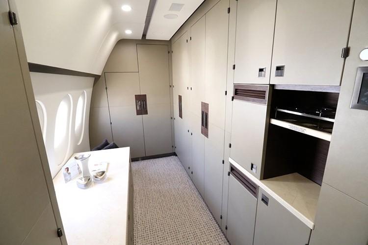 Chuyen co sieu sang Boeing 787 Dreamliner gia 300 trieu do-Hinh-9