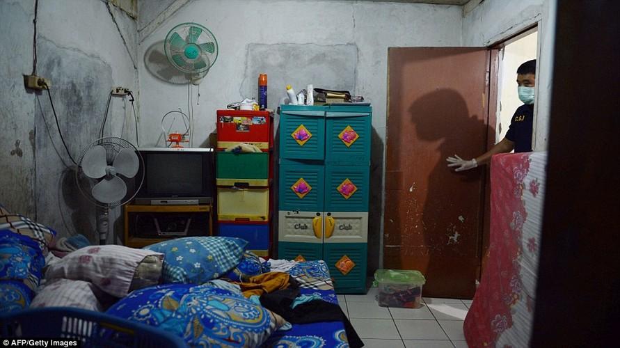 Ben trong nha mot nghi pham khung bo Indonesia-Hinh-4