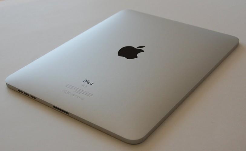 Nhin lai chiec iPad the he dau tien cua Apple-Hinh-8