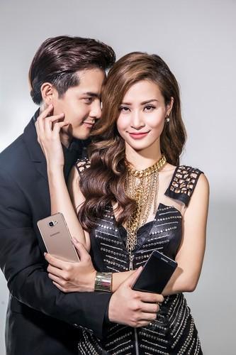 Xem cap doi Dong Nhi - Ong Cao Thang tinh tu quang cao dien thoai-Hinh-10