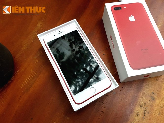 Sieu pham iPhone 7 mau do bi che gi sau khi ve Viet Nam?