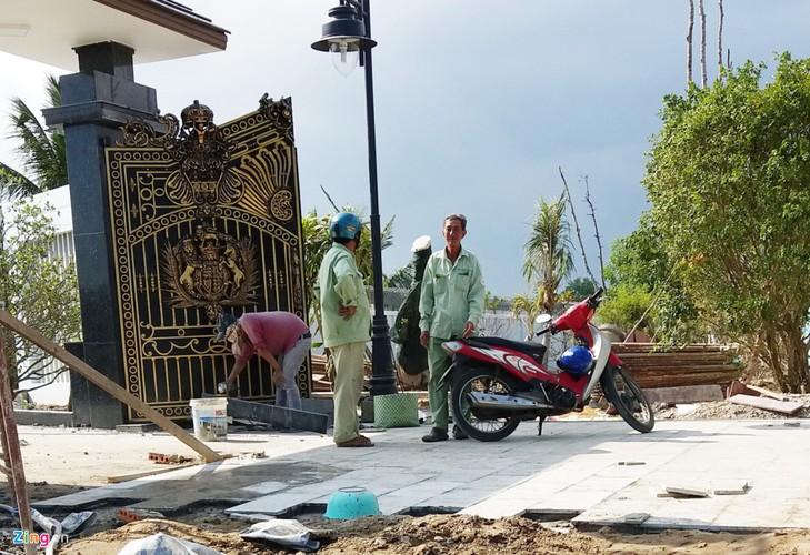 Ben trong khu biet thu xay trai phep cua TGD o Soc Trang-Hinh-12