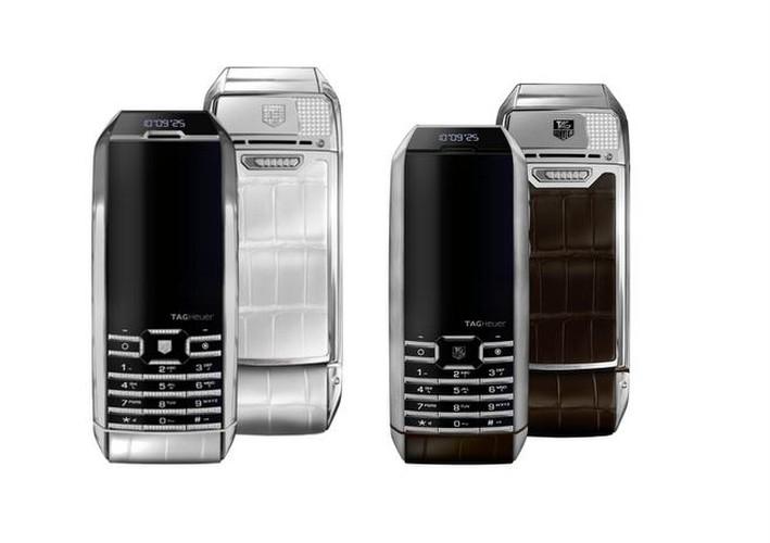 3 smartphone so huu kinh sapphire sieu ben-Hinh-11