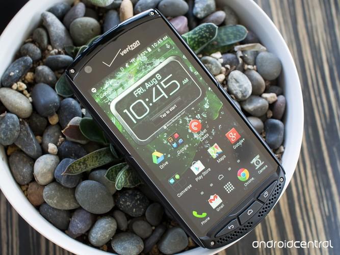 3 smartphone so huu kinh sapphire sieu ben-Hinh-6
