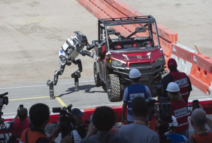 10 mau robot co kha nang cuu nguoi-Hinh-2