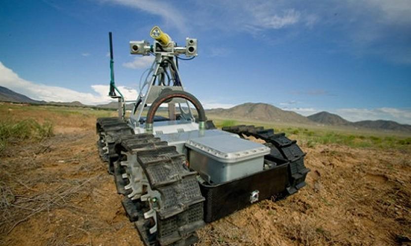 10 mau robot co kha nang cuu nguoi