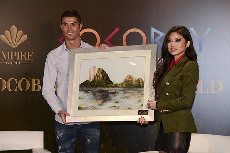 Can ho Da Nang Cristiano Ronaldo bo tien mua dep the nao?