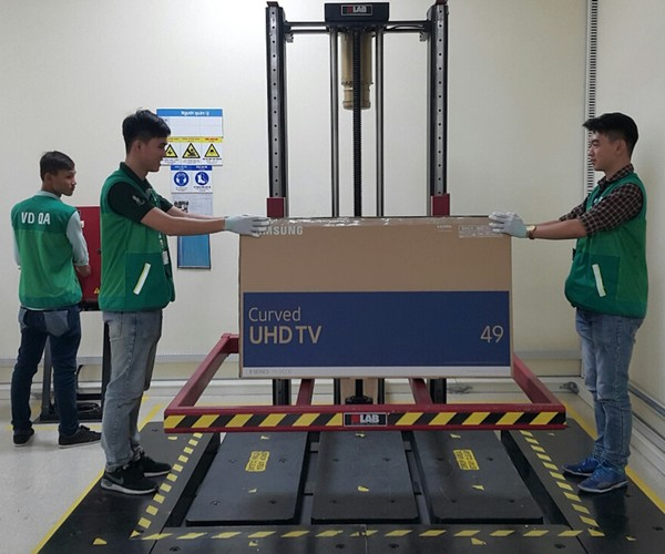 Nha may san xuat TV Samsung lon thu 2 the gioi tai VN-Hinh-11