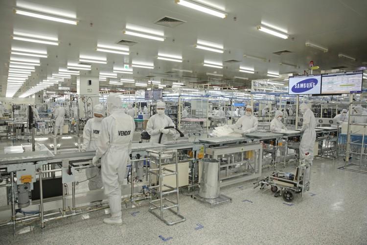 Nha may san xuat TV Samsung lon thu 2 the gioi tai VN-Hinh-3