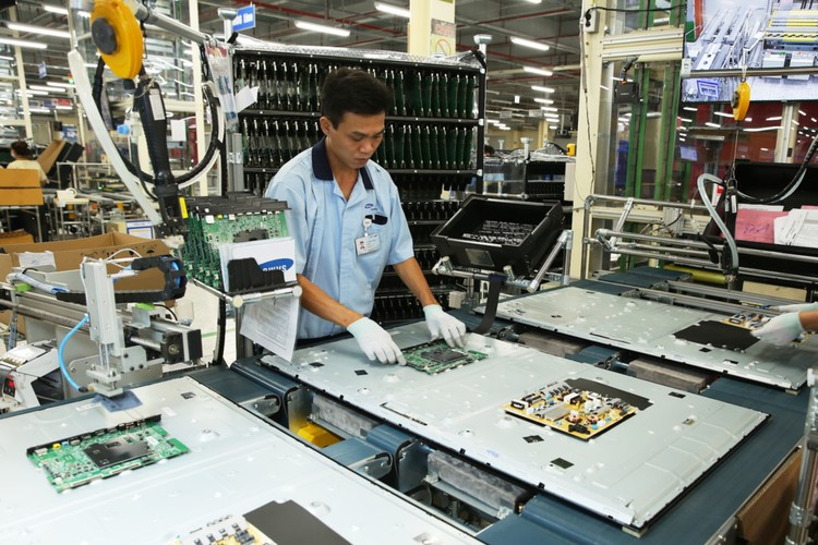 Nha may san xuat TV Samsung lon thu 2 the gioi tai VN-Hinh-6