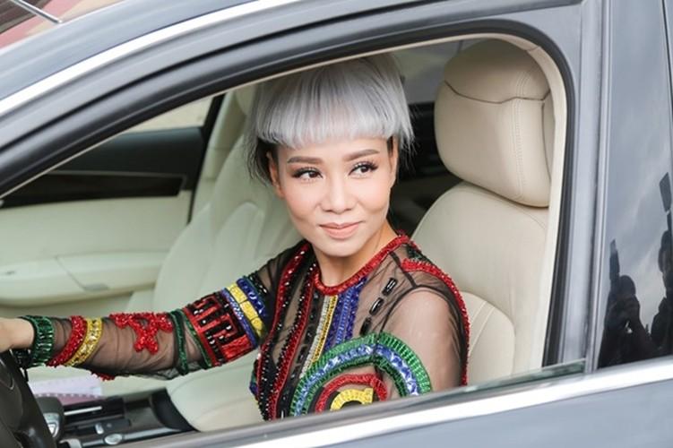 """Sao """"cuoi xe"""" tien ty: Ha Ho """"chua la gi"""" voi Thu Minh-Hinh-5"""