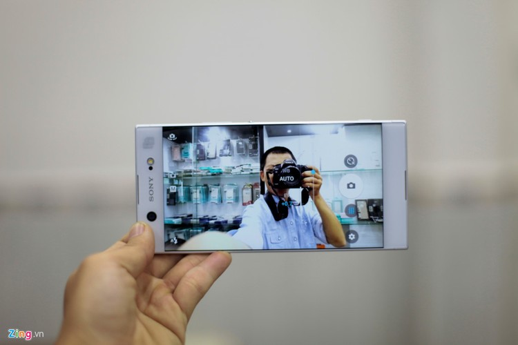 Mo hop Sony Xperia XA1 Ultra RAM 4G gia 8 trieu-Hinh-14