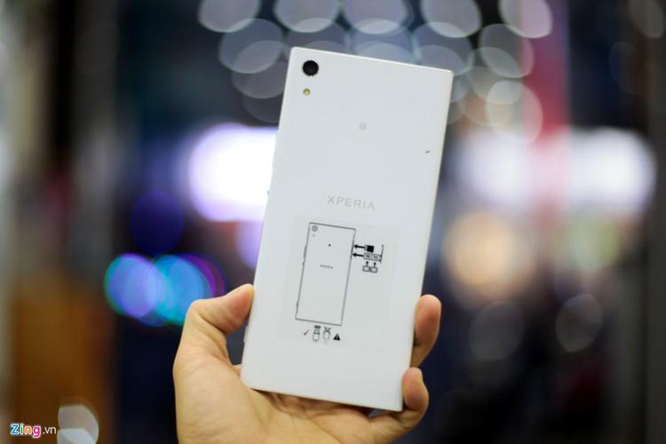 Mo hop Sony Xperia XA1 Ultra RAM 4G gia 8 trieu-Hinh-4