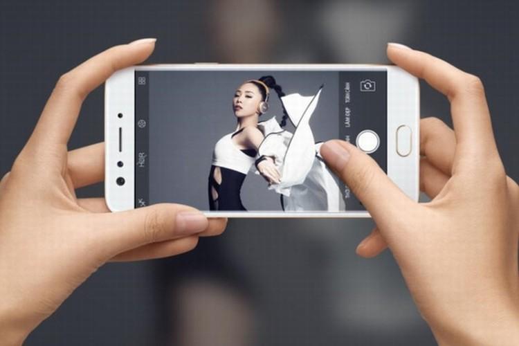 """Nhung cap doi """"anh em"""" sang gia nhat lang smartphone Viet-Hinh-6"""