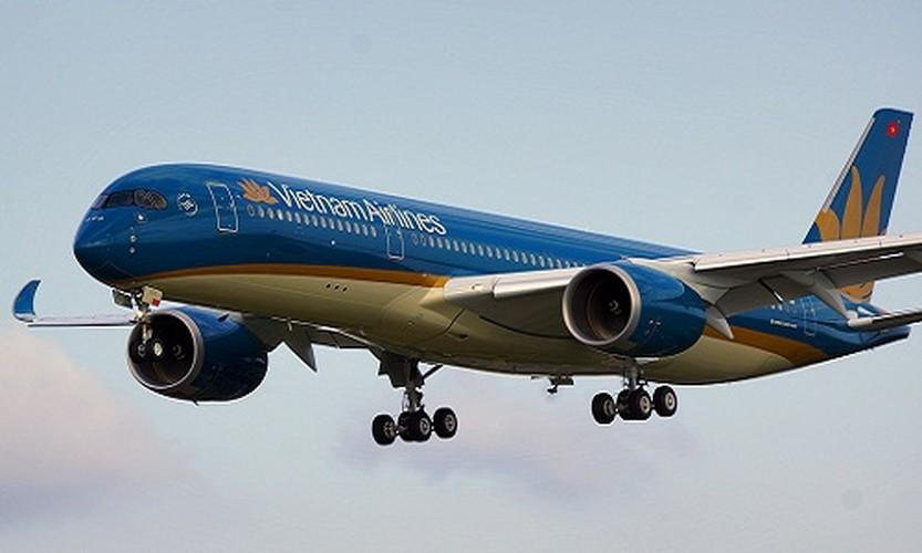 May bay Vietnam Airlines sap mua co gi doc?