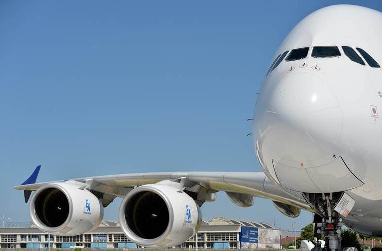 """Mo xe"" may bay lon nhat the gioi Airbus vua ra mat-Hinh-10"