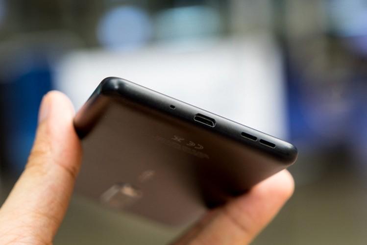 Nokia 5: Smartphone gia re, vua len ke da khan hang-Hinh-6