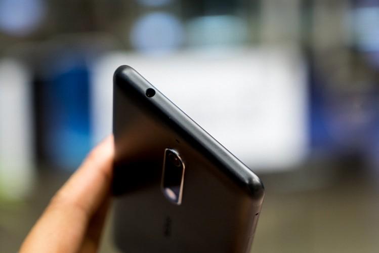 Nokia 5: Smartphone gia re, vua len ke da khan hang-Hinh-8