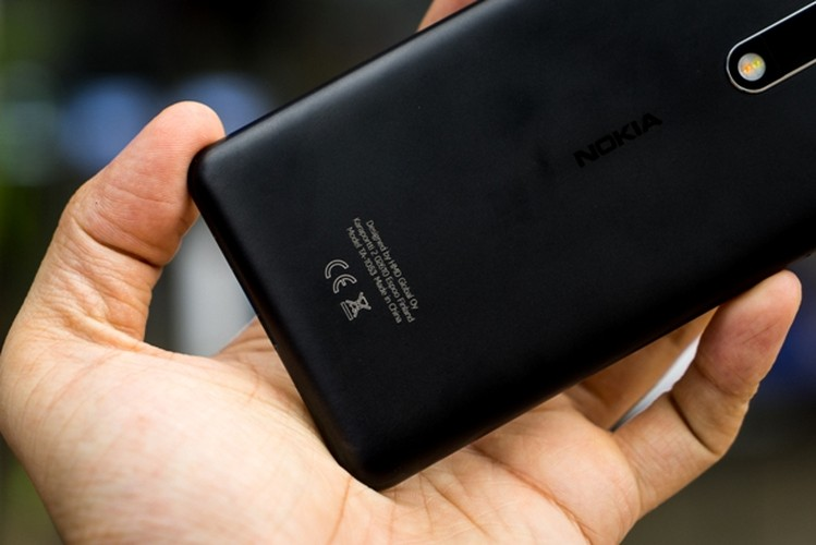 Nokia 5: Smartphone gia re, vua len ke da khan hang-Hinh-9