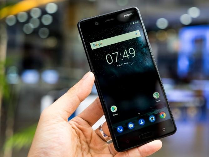 Nokia 5: Smartphone gia re, vua len ke da khan hang