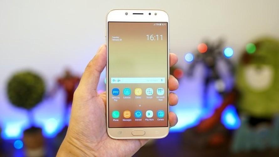 Ngang gia, Galaxy J7 Pro co gi khac so voi Galaxy A5 2016?-Hinh-12