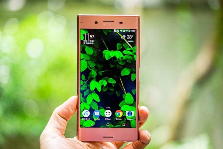 Can canh Xperia XZ Premium phien ban mau hong-Hinh-4
