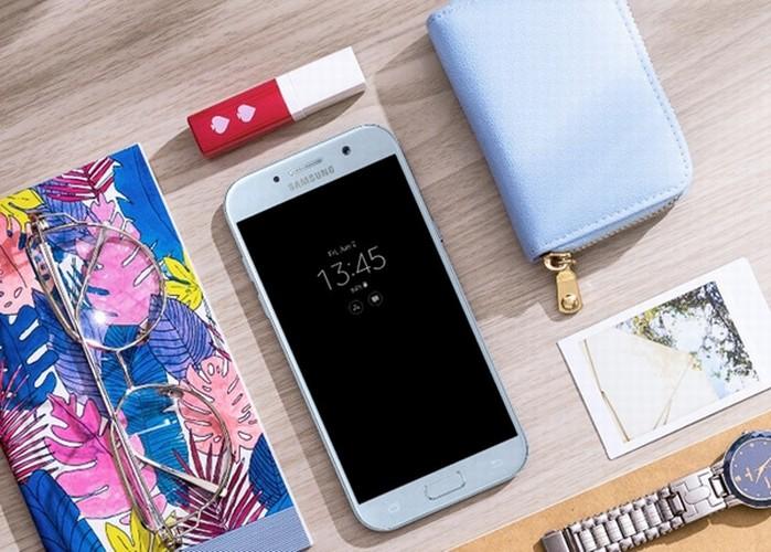 Nhung smartphone do bo thi truong Viet thoi gian gan day-Hinh-5