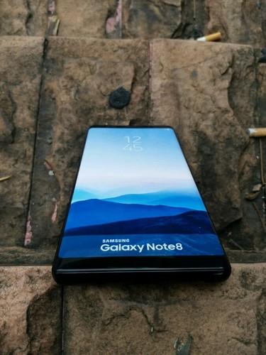 Galaxy Note 8 lo anh thuc te truoc them ra mat