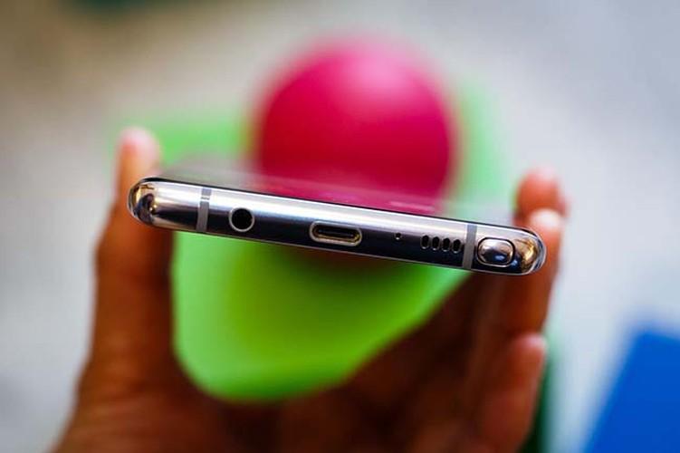 Anh thuc te Samsung Galaxy Note 8 vua trinh lang-Hinh-12