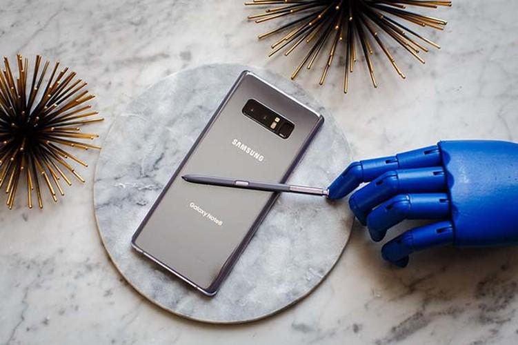 Anh thuc te Samsung Galaxy Note 8 vua trinh lang-Hinh-3