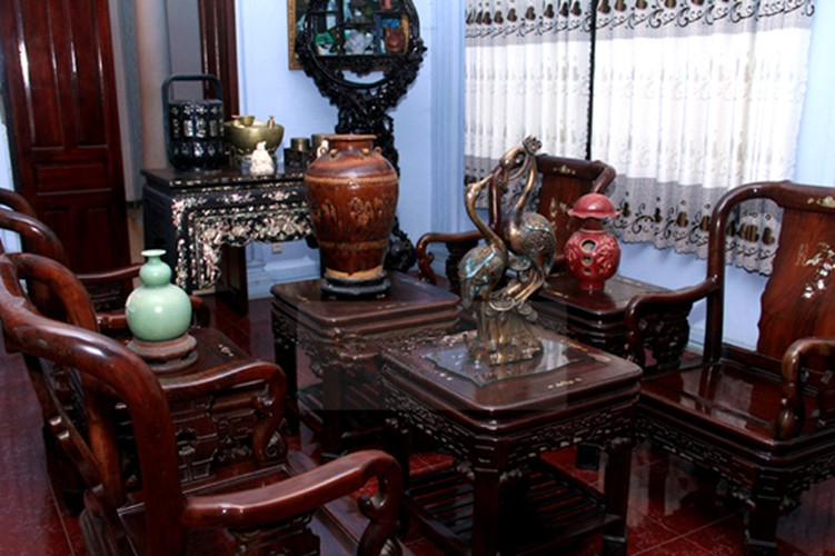 My nhan chuyen gioi Lam Khanh Chi giau co nao?-Hinh-7
