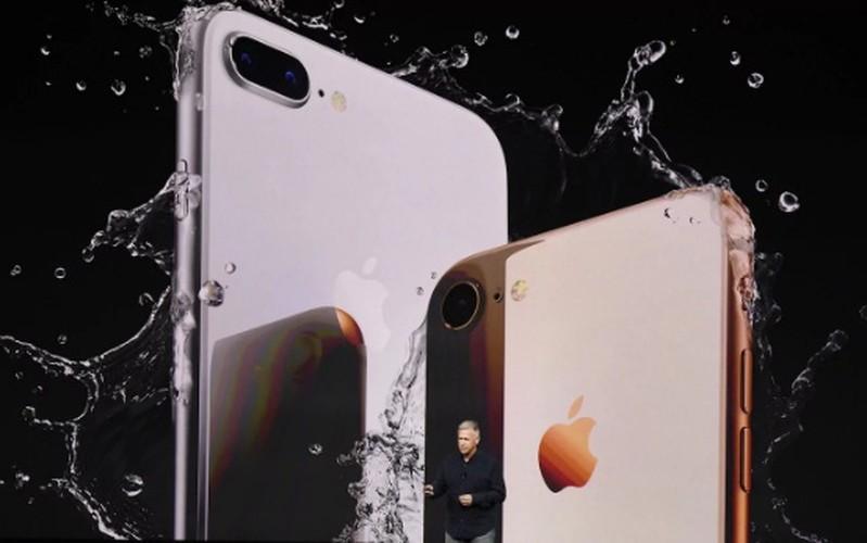 "Soi diem yeu khien iPhone 8/8 Plus vua ra mat da bi ""nem da""-Hinh-2"
