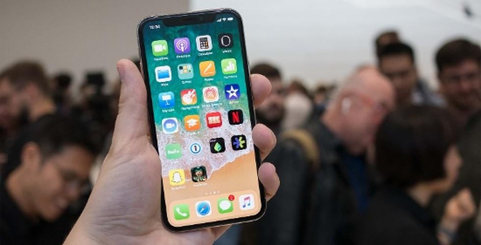 7 tinh nang chi co tren iPhone X ma iPhone 8 khong co