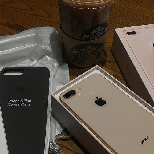 Anh nong: iPhone 8 dau tien den tay nguoi dung-Hinh-4