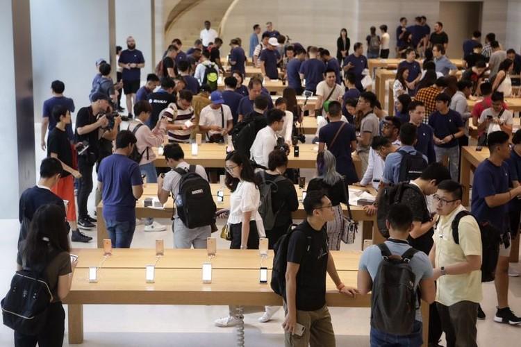 Anh nong: iPhone 8 dau tien den tay nguoi dung-Hinh-8