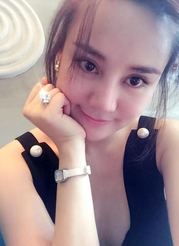 Choang vang thu choi kim cuong xa xi cua my nhan Viet-Hinh-9