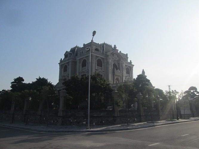 Choang vang dinh thu khung cua cac dai gia tinh le-Hinh-6