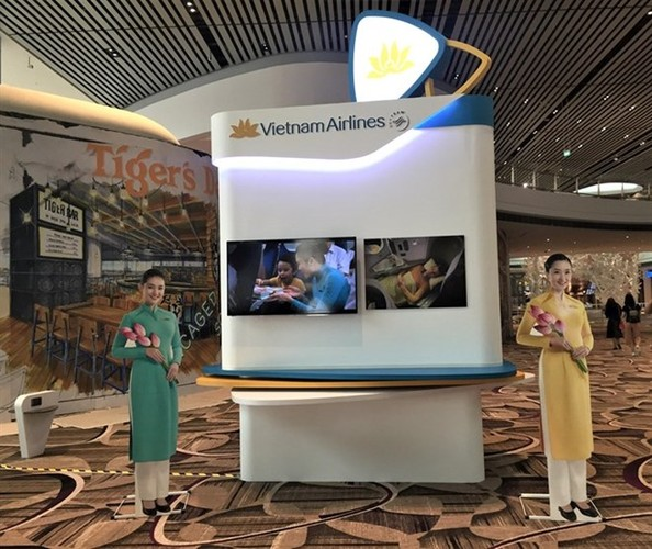 "Ngam nha ga hien dai nhat Singapore khach Vietnam Airlines duoc ""huong"""
