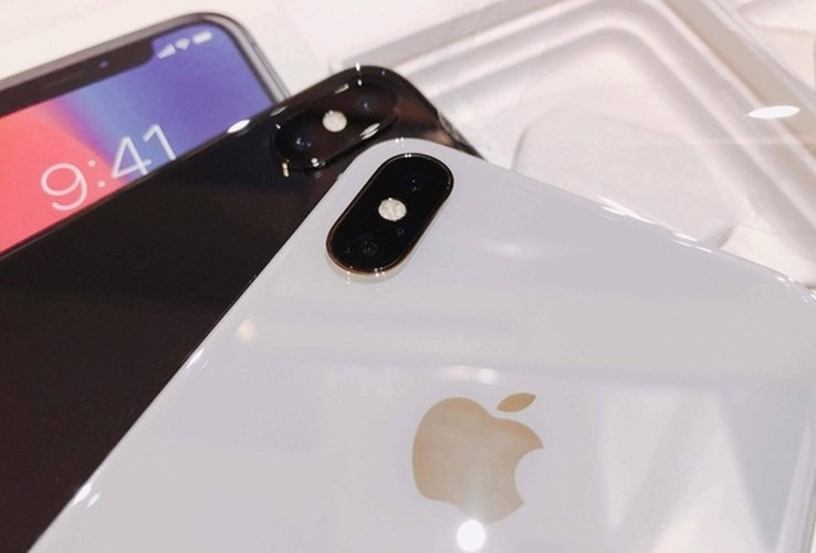 Anh nong iPhone X dau tien ve Viet Nam, gia 68 trieu-Hinh-10