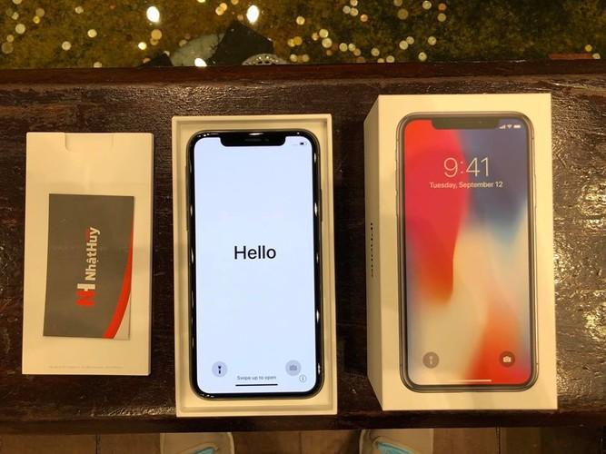 Anh nong iPhone X dau tien ve Viet Nam, gia 68 trieu-Hinh-6
