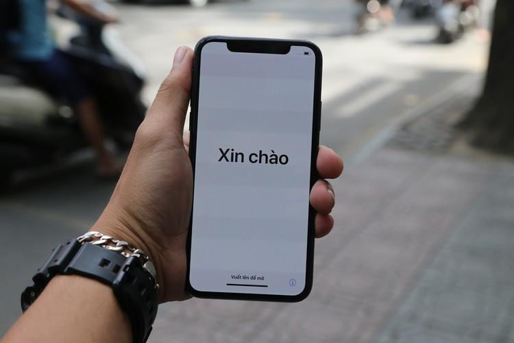 Anh nong iPhone X dau tien ve Viet Nam, gia 68 trieu-Hinh-9