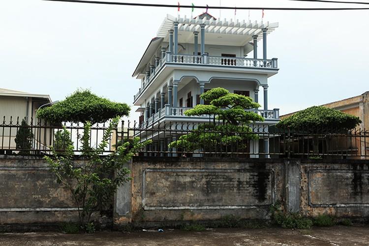 Gần 5.000 nhân khẩu nhưng ngôi làng có hơn 100 tỷ phú sở hữu những doanh nghiệp tiền tỷ. Ảnh: Dân Việt.