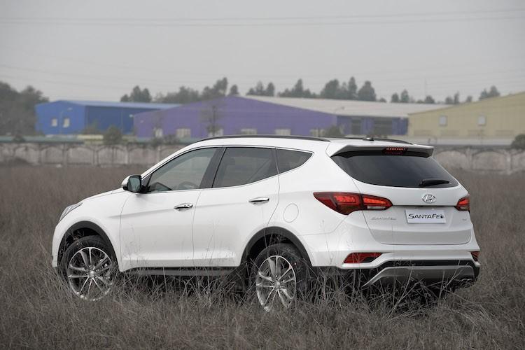 Hyundai SantaFe giam gia ca tram trieu dong tai VN-Hinh-13