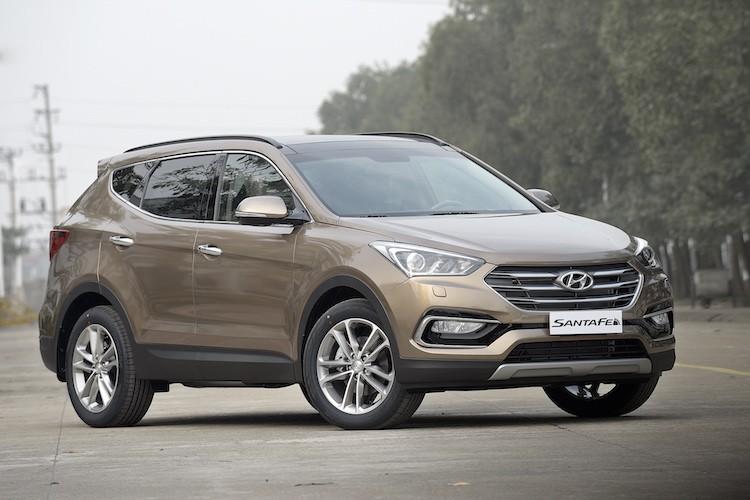 Hyundai SantaFe giam gia ca tram trieu dong tai VN-Hinh-2